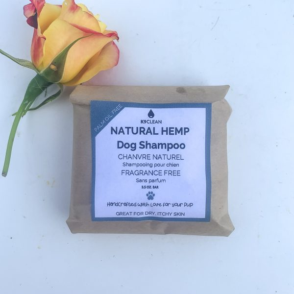 Soothe your dog's skin while reducing your plastic consumption with this dog shampoo bar.